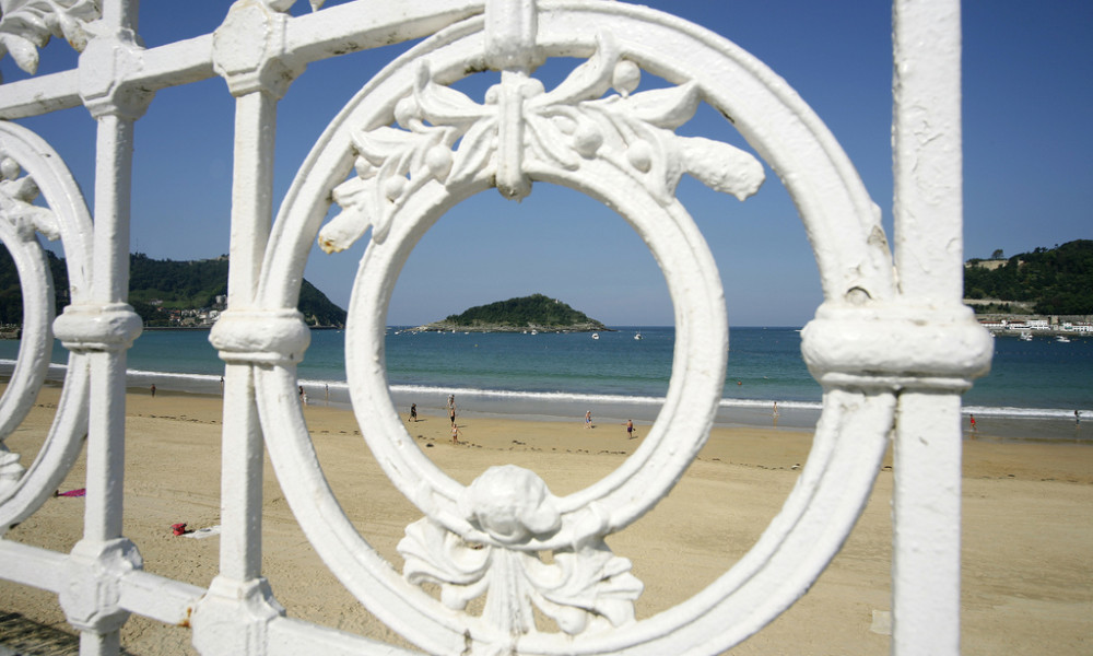 san sebastian beaches