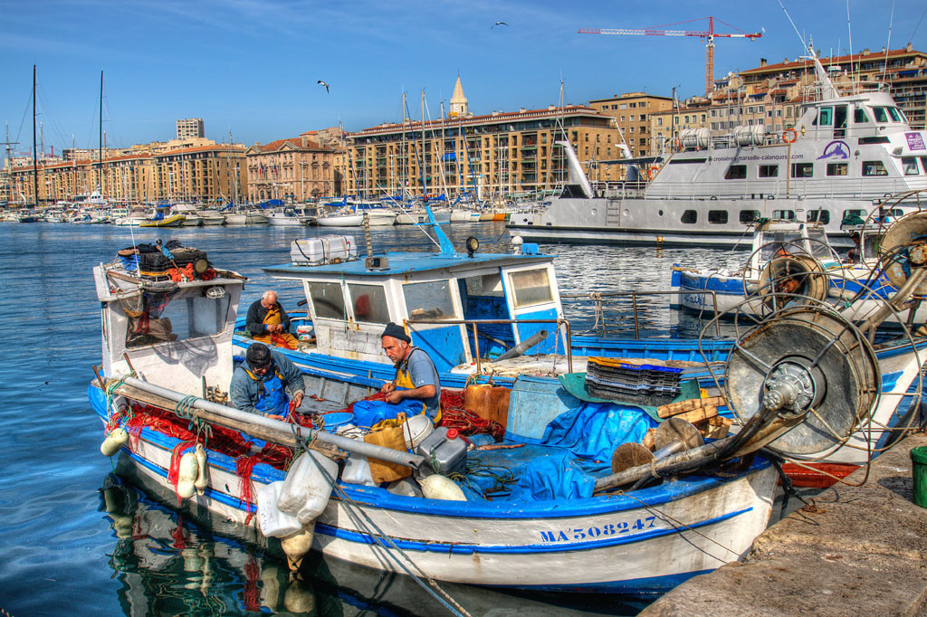 Marseille and cassis small folk travel - Bouillabaisse marseille vieux port ...